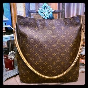 Louis Vuitton Large Looping Bag GM 💯% Authentic